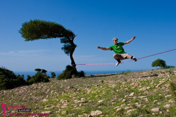 Backcountry-slacklining-Australia-Joscha_Weinert
