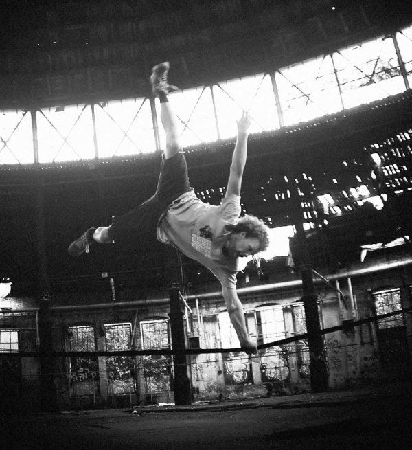 Gibbon-Slacklines-Australia-Jib-Line-tricklining-jump-andy-lewis