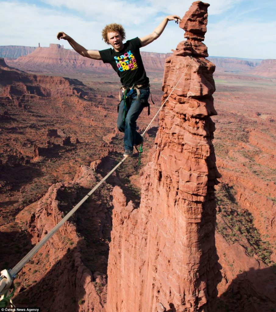 Gibbon-Slacklines-Andy-Lewis-Trickline-highlining-gran-canyon-sketchy-andy-australia