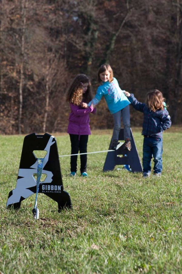 Slackline-independence-kit-without-trees-setup-perfect-australian-kids-slacklining-fun-outdoor
